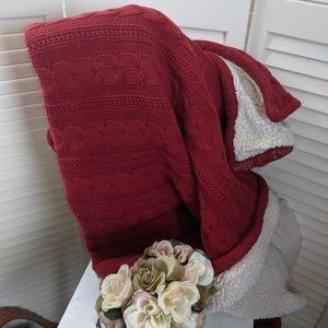 Pottery Barn RED Fleece Cable Knit Blanket Throw